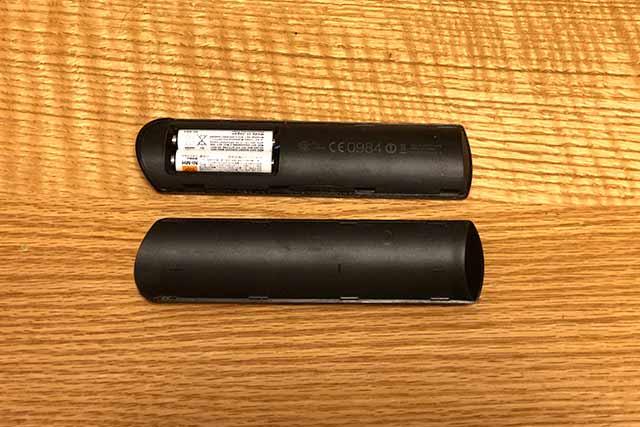 Amazon fire TV Stick 音声認識リモコンの裏側