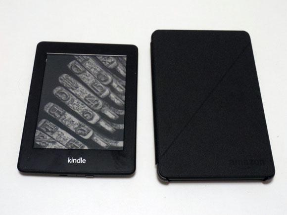 Amazon Fireタブレット8GBブラックをkindle paper whiteと比べる