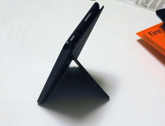 Amazon Fireタブレット8GBブラックを立ててみる